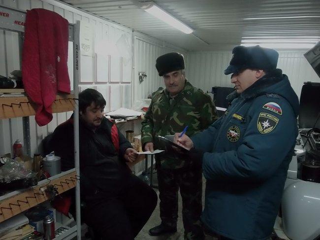 Профилактический рейд гаражно-строительных кооперативах города с  казачьим обществом.