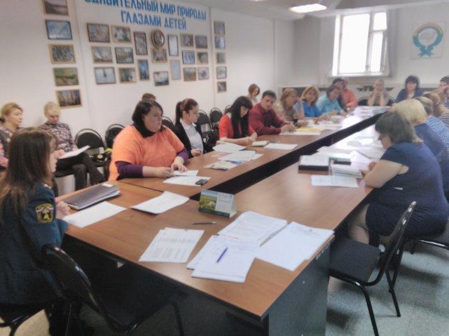 Учеба начальников детских оздоровительных лагерей прошла в Радужном.