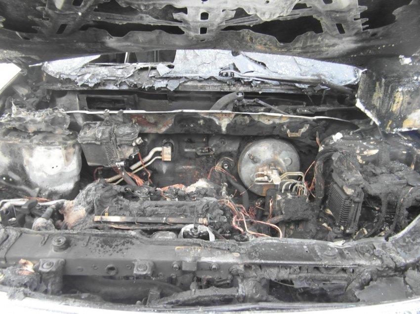 Пожар в автомобиле 21 февраля 2017 года.