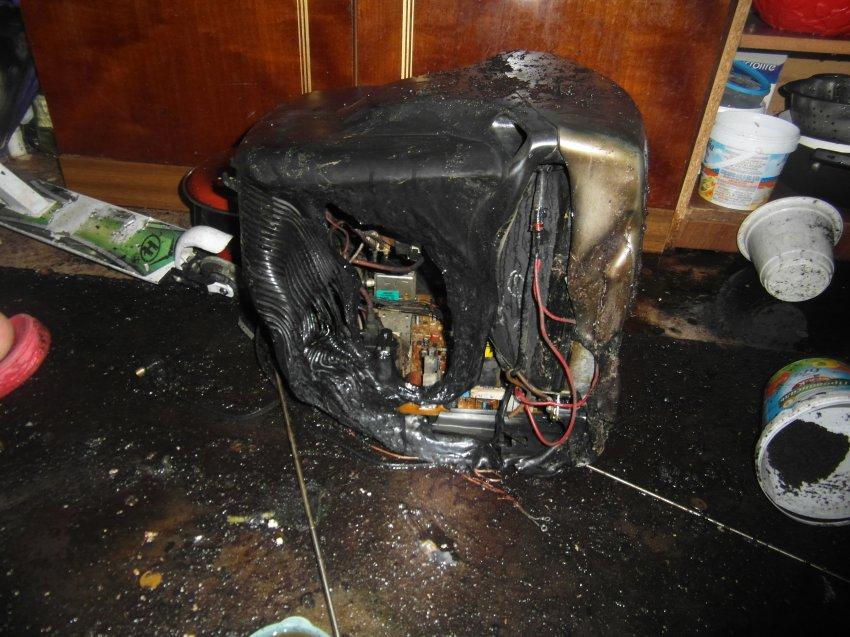 Пожар 18 июля 2017 года в квартире многоквартирного жилого дома