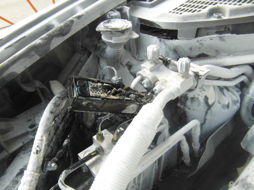 Пожар в автомобиле 3 августа 2017 года.
