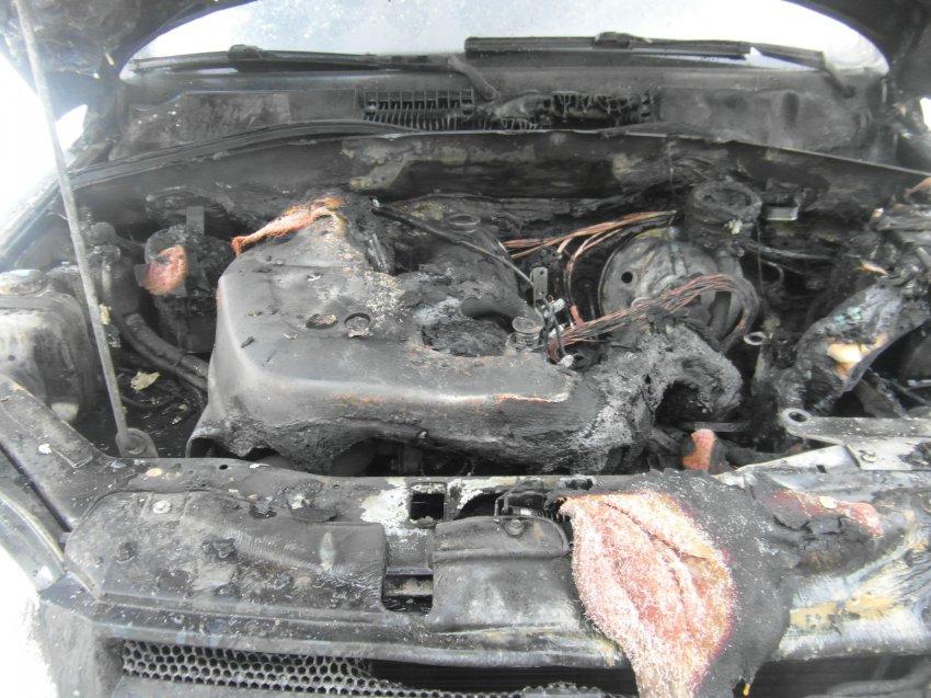 Пожар в автомобиле 8 января 2018 года.